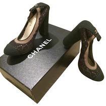 Chanel Black Lace Pumps Photo