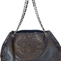 Chanel Black Leather Tote Photo