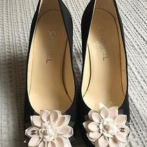 Chanel Black White Camilla Heels Round Toes Heels Shoes 38c Photo