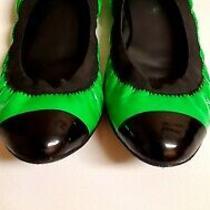 Chanel Flats Ballet Shoes Sz 38 Patent Leather Green & Black Elastic  695 Cc Lo Photo