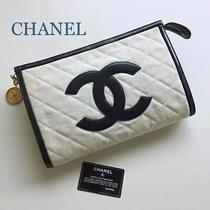 Chanel Matrasse Clutch Canvas X Leather Whiteblack Cb1200 Photo
