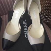 Chanel Pumps Photo