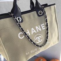 Chanel Resort Tote Photo