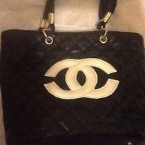 Chanel Tote Photo