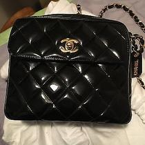 Chanel Vintage Camera Bag in Black Patent Leather Photo