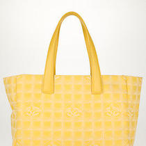 Chanel Yellow Cc Print Canvas Travel Line Tote Shopper Handbag Hb1229 Photo