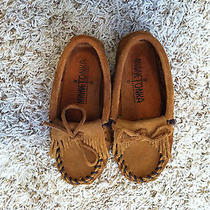 Children's Minnetonka Moccasins Size 10 Photo