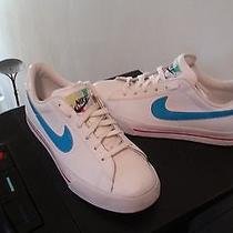 Children's Nike Shoes (Size 5 Youth) Photo