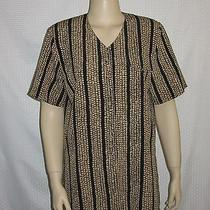 Christie & Jill Woman Top Size M Short Sleeve Button Down Tan Black Faux Pocket Photo