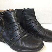 Clarks Women's Size 8 Kearns Blush Black Leather Ankle Booties Boots Zk-2619 Photo