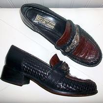 Classic Brighten Heels. Size 7 1/2. Croc Leather. Photo