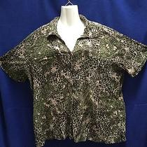 Classic Elements (20-22w) Short Sleeve Button-Down Green Abstract Design Blouse Photo