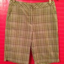 Classic Elements Women's Casual Shorts  Light Green Plaid  Size 10 Photo