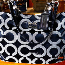 Clean Coach 15758 Mia Op Art Sateen Signature Tote Holiday Winter Summer Sale Photo