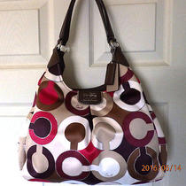Clean Coach 21582 Madison Graphic Op Art Metallic Maggie Holiday Summer Winter Photo