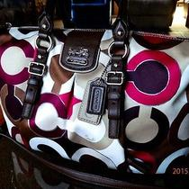 Clean Coach Madison Juliett 21233 Signature Graphic Op Art Holiday Winter Summer Photo