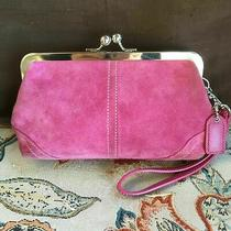 Coach 3438 Pink Suede Framed Kiss Lock Clutch Wristlet Detachable Strap Hang Tag Photo