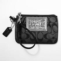 Coach 42885 Poppy Black Signature C Wristlet - Great  Photo