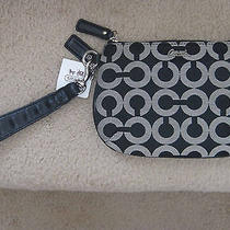 Coach 45277 Kristin Op Art Signature Medium Wristlet Pouch Black White New Tag Photo