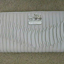 Coach 46481 Madison Gathered Leather Accordion Zip Wallet Purse New Tag Photo