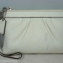 Coach Authentic Wristlet Off White Leather Photo