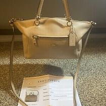 Coach Biege Leather Purse With Certificate of Authenticity Photo