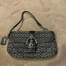 Coach Black/gray Signature Canvas Buckle Close Leather Wristlet W/hangtag Photo