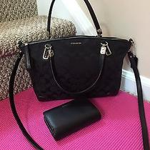 Coach Black Handbag With Wallet Photo
