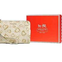 Coach Boxed Hearts Small Wristlet Photo