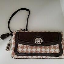 Coach Brown/tan Wool Houndstooth Suede Wristlet Clutch  5872 Photo