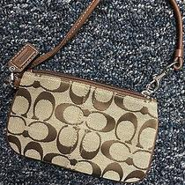 Coach Clutch Wallet/wristlets Photo