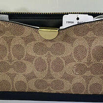 Coach Coated Canvas Signature Dreamer Wristlet Tan Black/gold New Photo