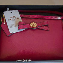 Coach Cranberry Patent Leather Turnlock Bow Corner Zip Wristlet Gift Box F64648 Photo