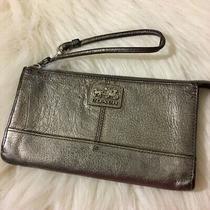 Coach Dark Silver Gun Metal Leather Chelsea Zippy Wristlet Wallet 46276 Photo