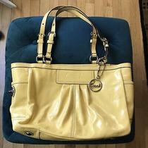 Coach F13761 Yellow Patent Leather Pleated Gallery Tote Handbag Purse (Pu160) Photo