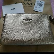 Coach F21070 Corner Zip Wristlet Metallic Leather Platinum Light Gold Nwt 75 Photo