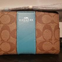 Coach F58035 Crossgrain Leather Corner Zip Wristlet Khaki/aqua  Photo