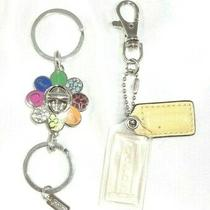Coach F92696 Daisy Flower Turnlock Valet Keychain 2 Pc Key Ring Charms Fobs Photo