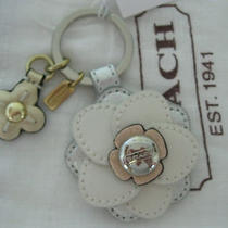 Coach Floral Applique Key Chain   F64298 Photo
