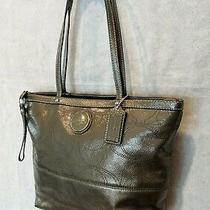 Coach Gray Glossy Leather Large C Shoulder Bag Purse Bag Charm With Coa  New Photo