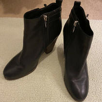 Coach Hewes Heeled Leather Ankle Booties Size 9.5b Photo