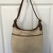 Coach Hobo Adjustable Shoulder Purse Beige Canvas With Brown Leather Trim 9124 Photo