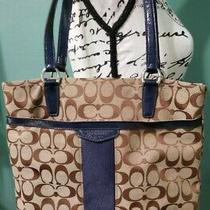 Coach Jaquard Tote Blue and Tan Preowned  Photo