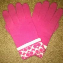 Coach Knit Pink Gloves Photo