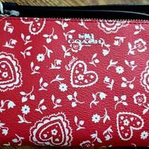 Coach Lace Heart Corner Zip Red White Wristlet  Spring Love New Tag Photo