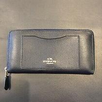 Coach Leather Accordion Zip Midnight Blue Wallet F54007 Photo