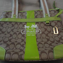 Coach Leatherware Purse Green/brown  Photo