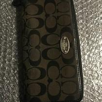 Coach Long Accordion Zip Wallet in Khaki/brown Blleather Signature Jacquard - Photo