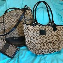 Coach Lot of 2 Totes Shoulder Bags and Matching Wallet Vguc Photo