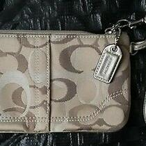 Coach Luxury Clutch Wristlet Wallet  Dust Bag - New Condition Photo